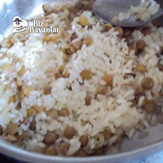 mercimekli pirinç pilavi tarifi