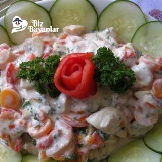 yogurtlu mantar salatasi tarifi