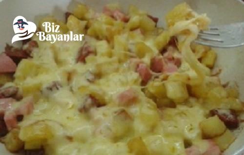 kahvaltilik kasarli sucuklu patates