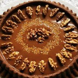 karamel soslu brownie tart
